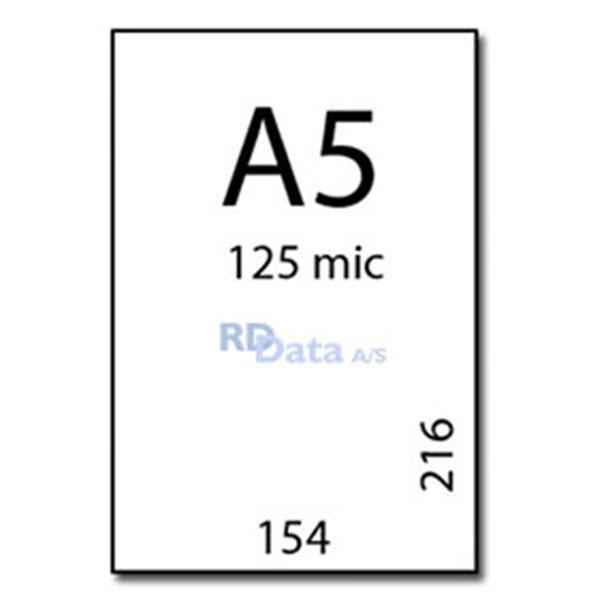 A5 lamineringslommer, 125 mic./my. 100 stk. pr. pakke Mål: 154 x 216 mm. Vægt: 1,1 kg. pr. pakke. Alt i plastkort, kortprintere og tilbehør hos RD Data