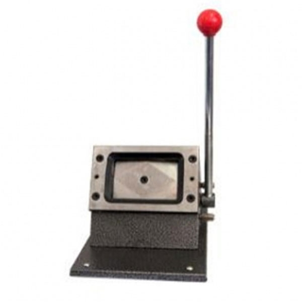 Stansemaskine bordmodel 54 x 86 mm. Udstanser forskellige emner i kreditkortstørrelse - pap, plastic osv. Alt i plastkort, kortprintere og tilbehør på www.rddata.dk