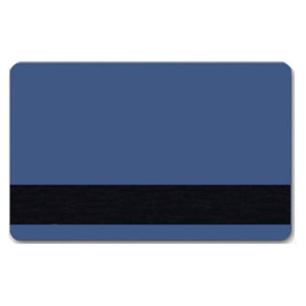 Blåt plastkort med blank overflade og HiCo magnetstribe.