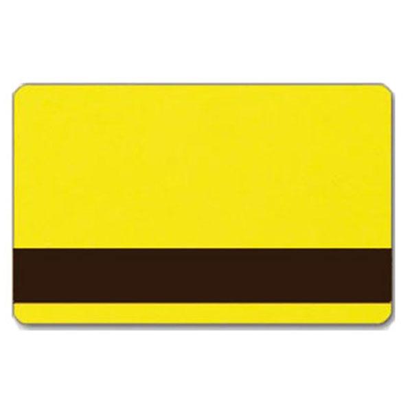 Gult plastkort med blank overflade og HiCo magnetstribe.