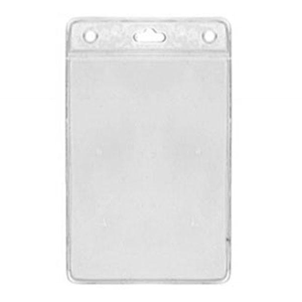 Kortholder i PVC plast, 25 mikron, vertikal, passer til kort i størrelse 70 x 98, kan forsynes med halssnor, seleclips, yoyo m.m., fra RD Data